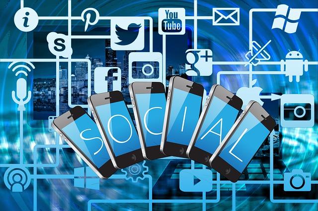 Social Media Benchmarks: Is Facebook Still Relevant?